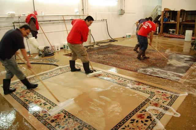 شركة تنظيف السجاد فى عجمان